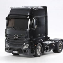 Tamiya Mercedes-Benz Actros - 1851 Giga Space Black Edition RC TRUCK 1:14